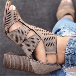 Lt. Taupe Peep toe perforated strappy chunky heels